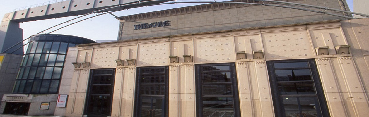 Theatre De Saint Quentin En Yvelines Scene Nationale Groupe Des